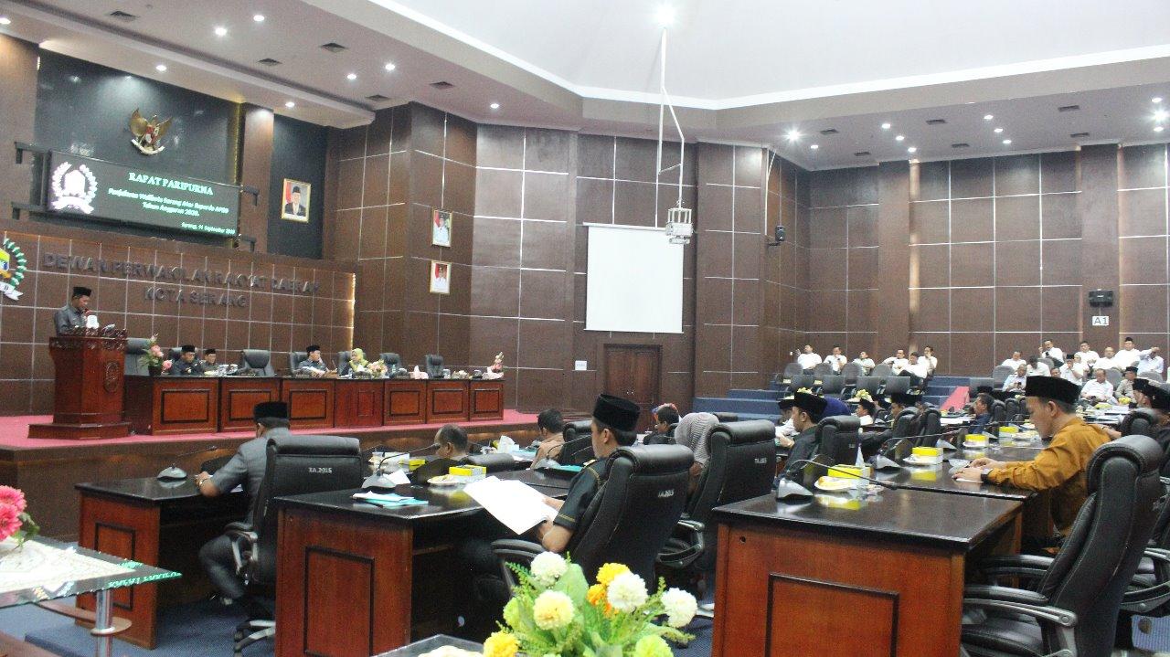 Rapat Paripurna DPRD Kota Serang mengenai Raperda 2020