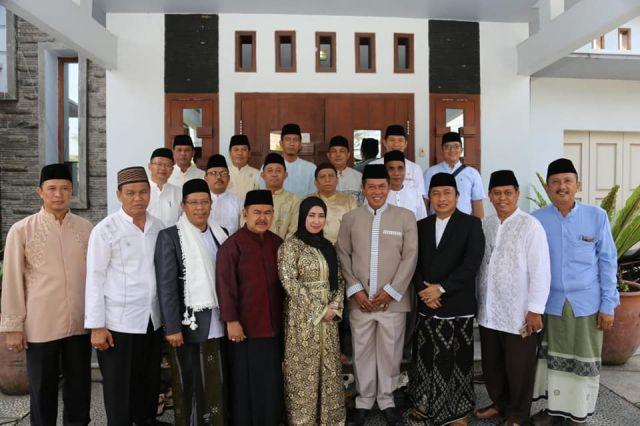 Bersilaturahmi dengan mantan walikota serang H. Tb. Haerul Jaman