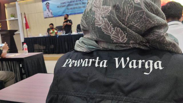 Pelatihan literasi digital anggota FK-KIM Kota Serang.